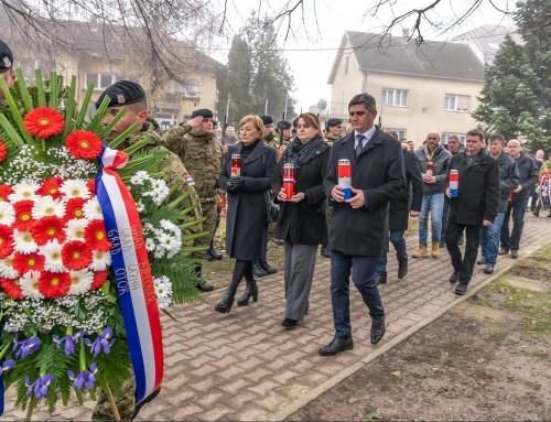 Obilježena 28. obljetnica pogibije branitelja u Komletincima