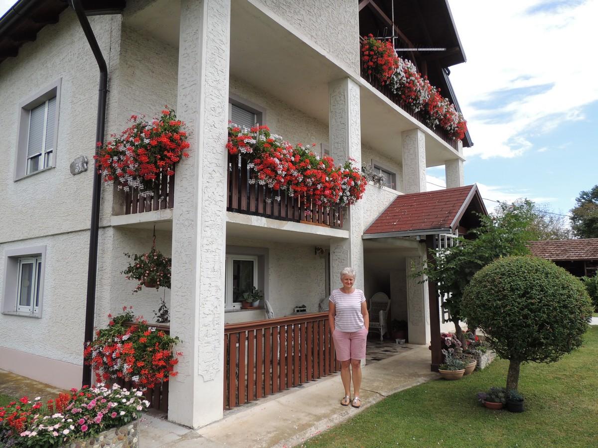Okućnica obitelji Mirjane Brlek iz Sovara proglašena najljepšom okućnicom Grada Čazme u 2020. godini