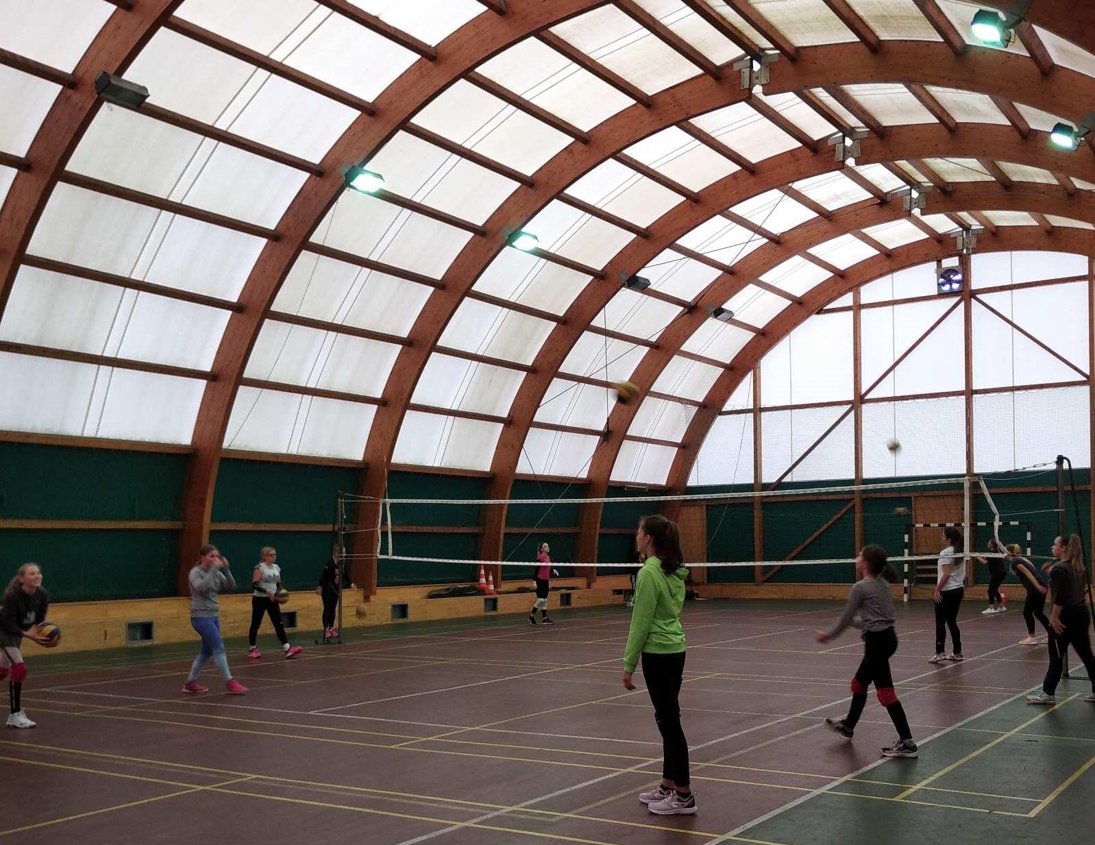Obnavljat će se balon-dvorana na sportskim terenima